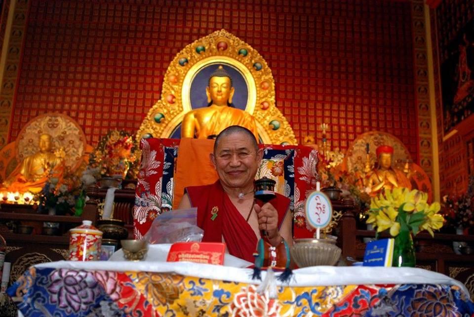 Доступна трансляция Зимних Учений Гарчена Ринпоче из Буддийского Института Гарчена в Аризоне.