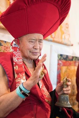 Гарчен Ринпоче повернет колесо Дхармы и дарует посвящение Зеленой Тары